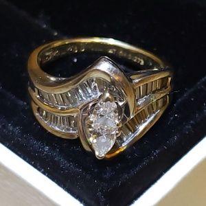 Diamond engagement ring white and yellow gold